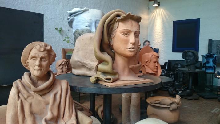 Hertha Hillfon – vildkatt bland keramikens hermeliner